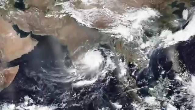 Cyclone Fani lashes Into Eastern India With 124 MPH Winds