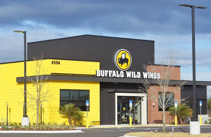 A lady said Buffalo Wild Wings workers solicited their group to move the grounds that from 'supremacist' regulars