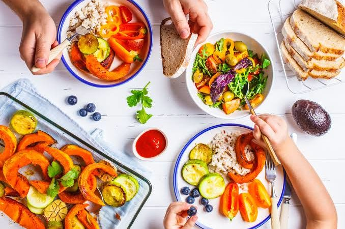 12 little goals to tidy up individual's eating routine in 2020
