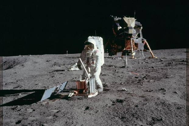 NASA submits  proposal for Sending Japanese spaceman To The Moon