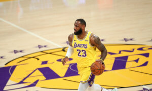 Los Angeles Lakers star LeBron James becomes 3rd player to score 35,000 career points in NBA history
