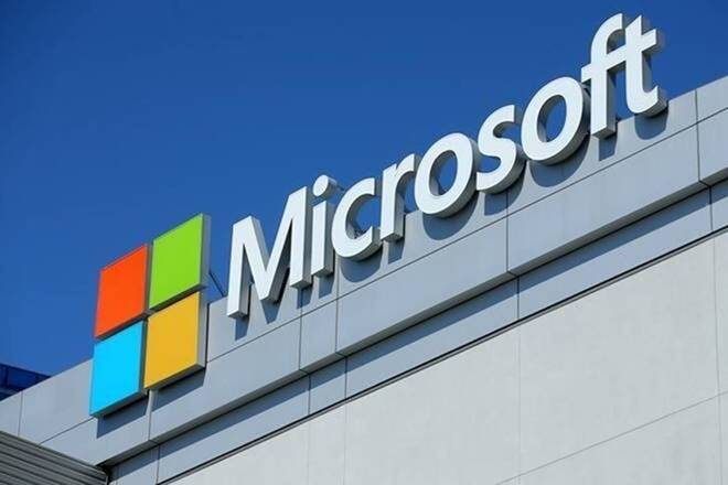 Microsoft wins $21 billion contract to build more than 120,000 augmented reality headsets for the U.S. Army
