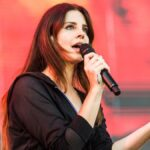 Lana Del Rey declares to arrive new album 'Blue Banisters' on July 4th