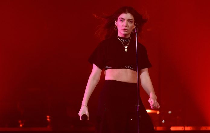 """Lorde officially announces the title of new single, """"Solar Power,"""" to be release in 2021"""