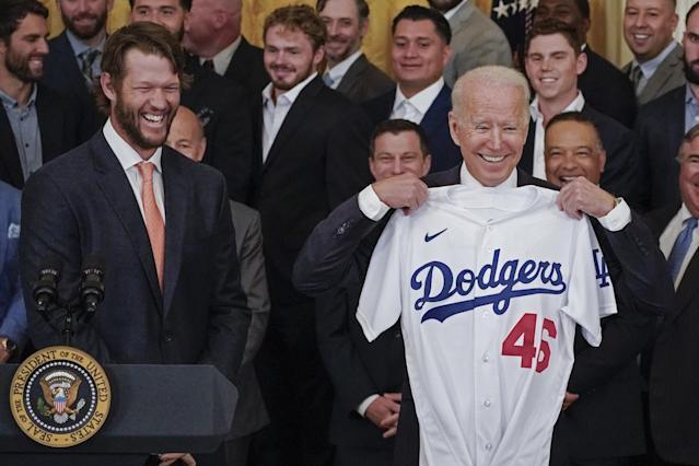 LA Dodgers celebrate World Series title at White House, then expand winning streak
