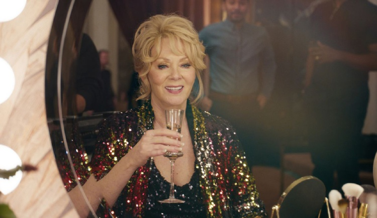 Emmy Award 2021: Jean Smart wins her 4th career emmy as lead actress for 'Hacks'